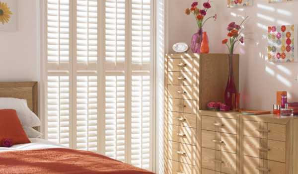 modern bedroom shutter